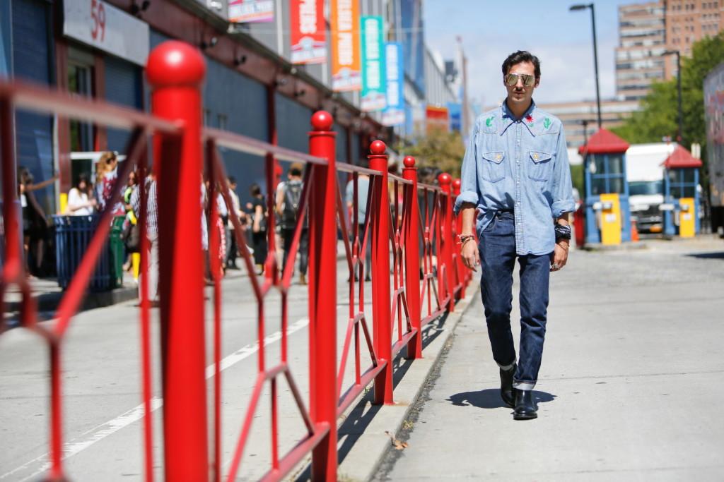 streetstyle_new_york_fashion_week_roberto_de_rosa_denim_on_denim_trend