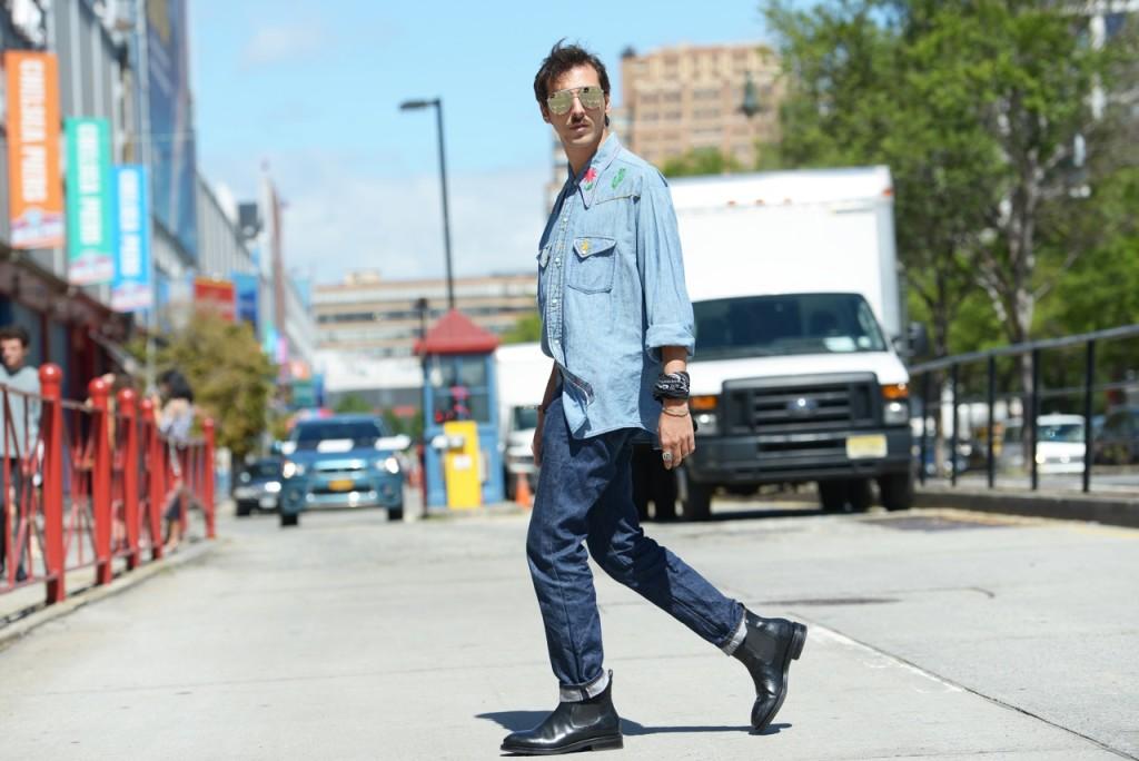 streetstyle_new_york_fashion_week_roberto_de_rosa_outside_custo_fashionshow_2