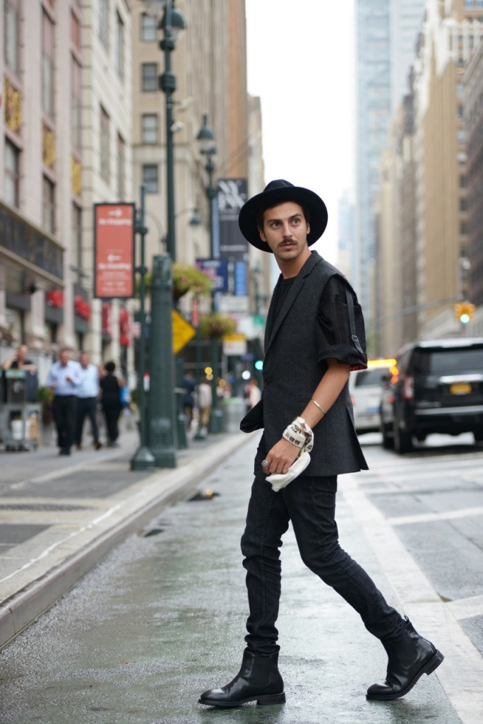 streetstyle_new_york_fashion_week_roberto_de_rosa_stetson