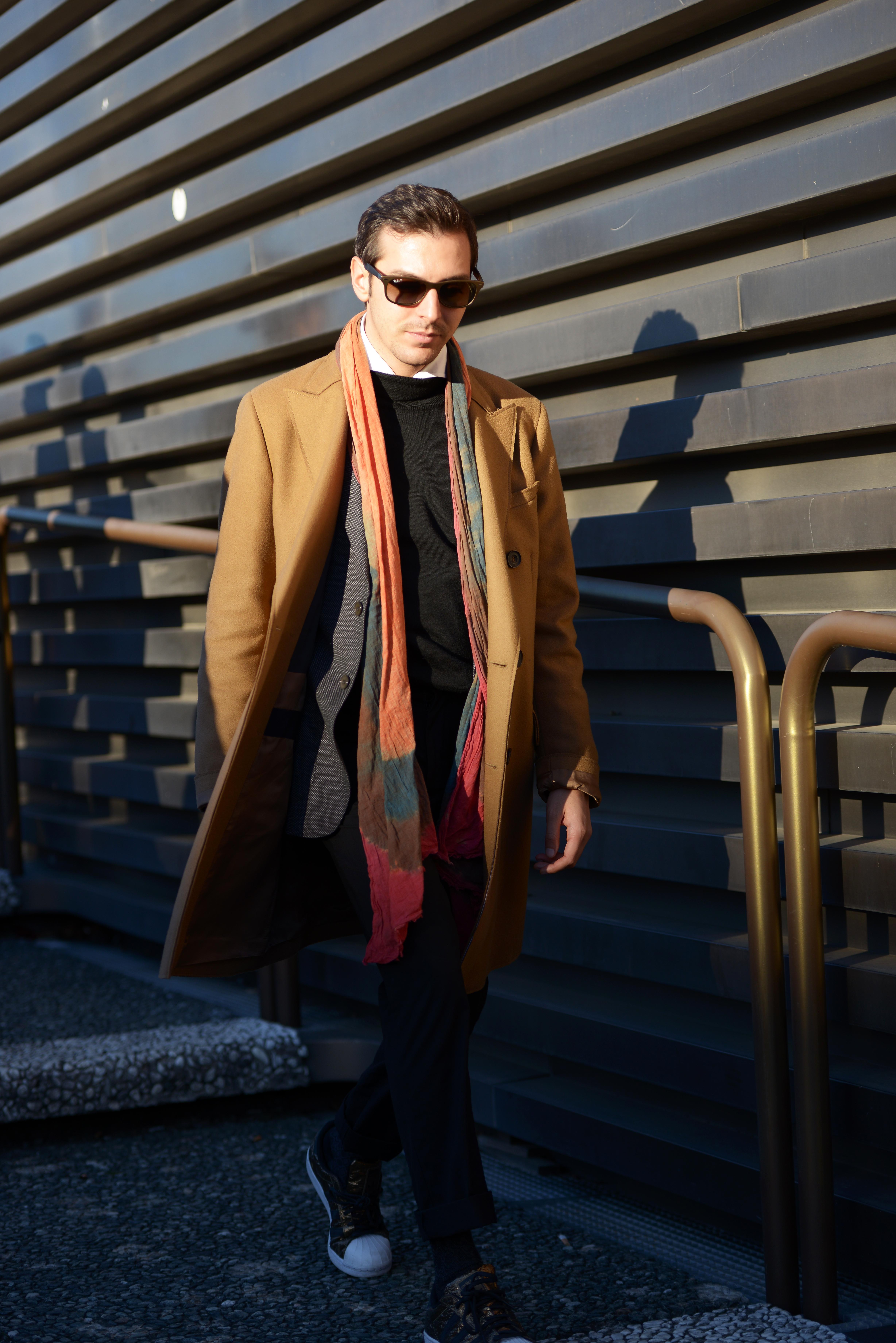Pitti Day 2   Come abbinare un cappotto cammello - DECISIONS ARE ... 03a6762668a