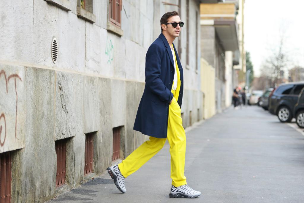 Roberto De Rosa streetstyle Milano Moda Uomo 2016. Il ritorno delle Nike TN: MMFW day 4