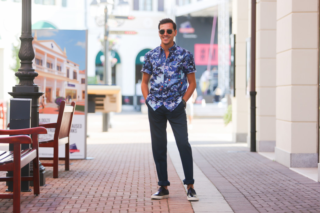 Roberto De Rosa - Shopping estivo a Noventa di Piave Designer Outlet