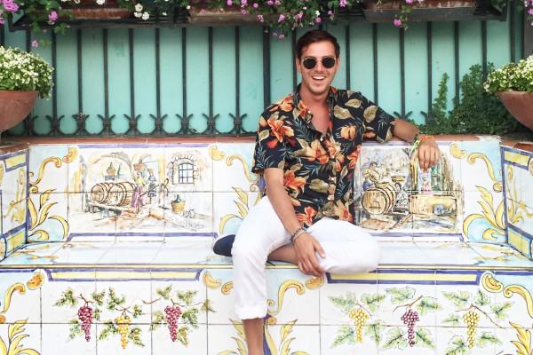 Robert De Rosa in viaggio con Insolita Italia - Cosa vedere a Capri, Ischia e Procida