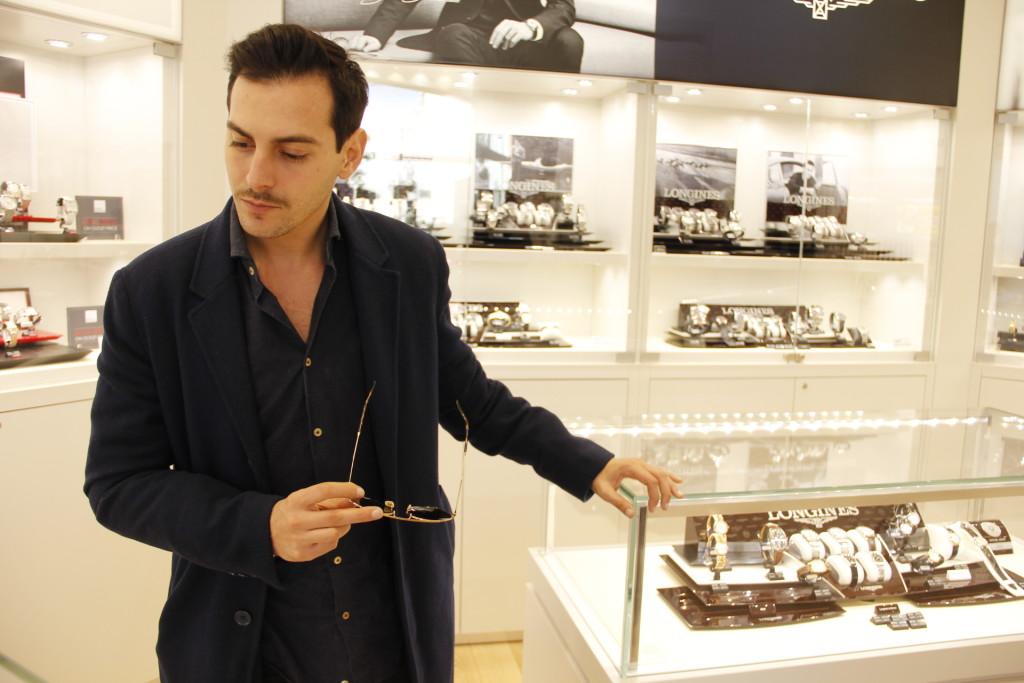Roberto De Rosa da Hour Passion, 2 outfit per le feste natalizie a Castel Romano Designer Outlet