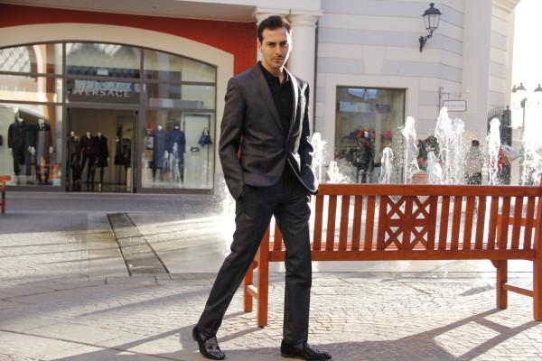 Roberto De Rosa, 2 outfit per le feste natalizie a Castel Romano Designer Outlet