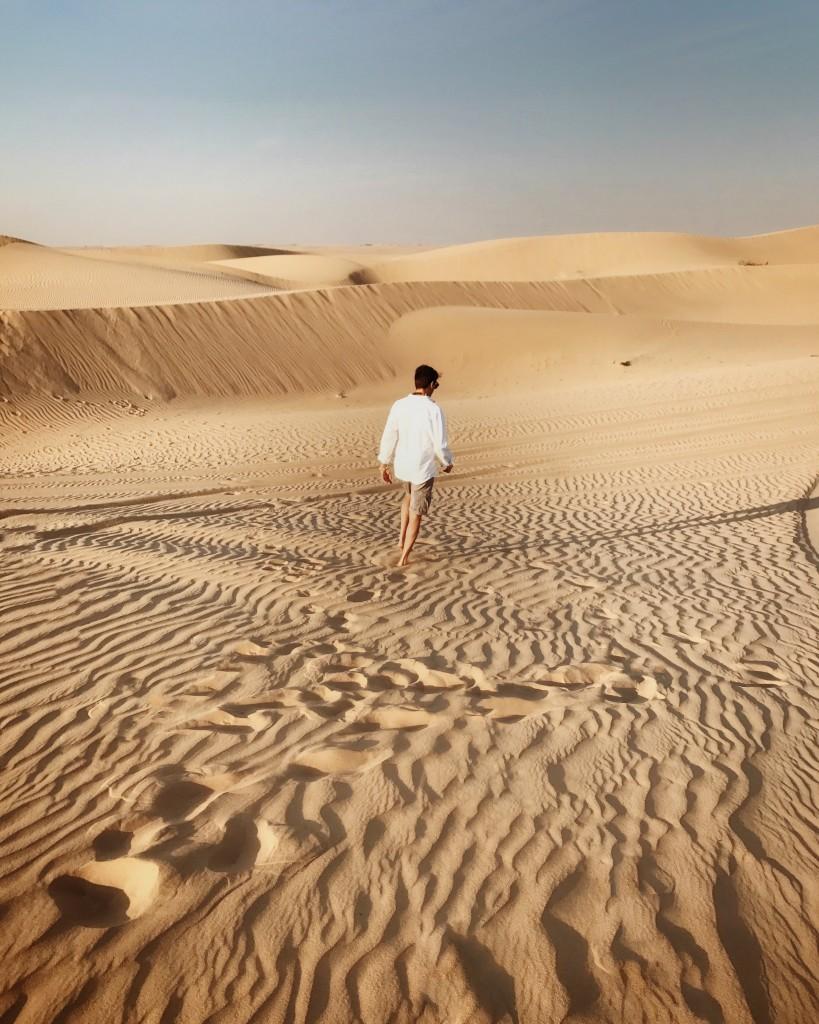 Cosa vedere a Dubai in 5 giorni - Roberto De Rosa nel deserto